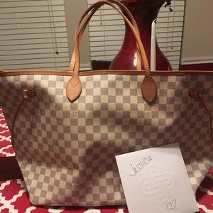 Handbags - Authentic Louis Vuitton Neverfull azur Gm ❤️